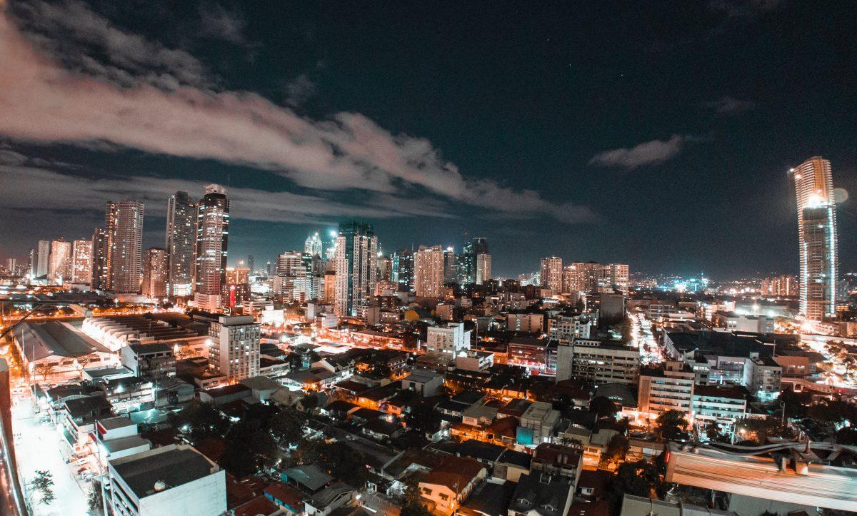 Manila skyline at night