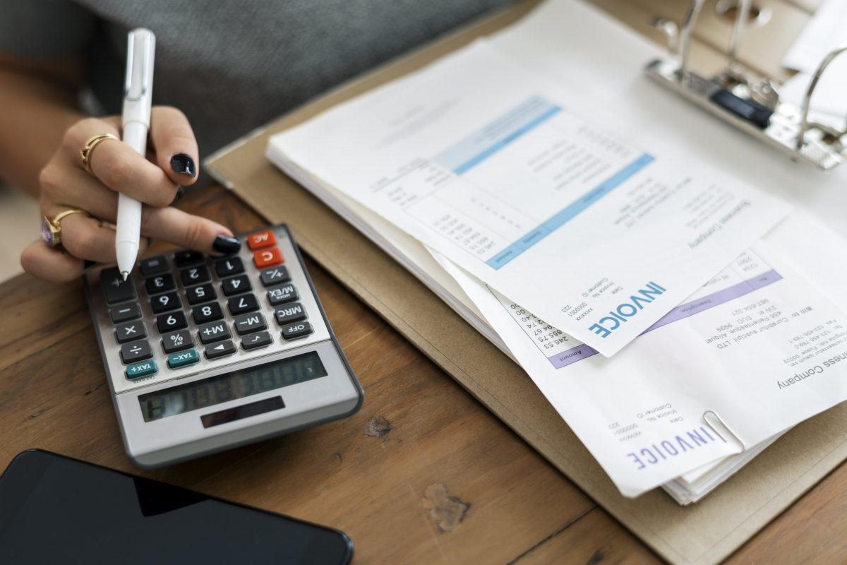 Budgeting money and finances-min